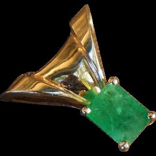 14K Yellow Gold Designer 2.7 Carat Columnbian Emerald Pendant