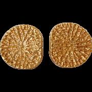 Mid Century Modernist 14K Yellow Gold Large Disk Earrings Brutalist Influence 12.2 Grams