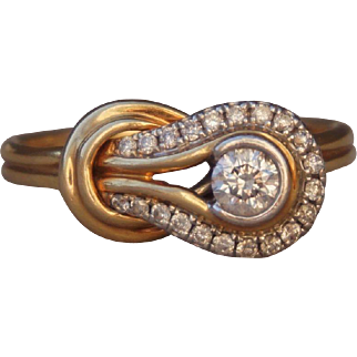14K Yellow Gold Designer Infinity Love Knot Diamonds Ring Size 7.5