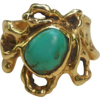 C1960 Designer Handcrafted Free From 14K Yellow Gold and Turquoise Ring - size 6