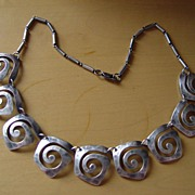 Beautiful Vintage Modern MOD Style Sterling Silver Necklace