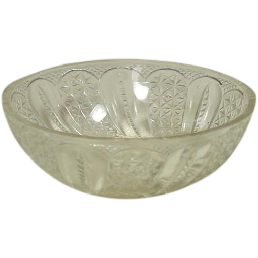 EAPG Glass Small Berry Bowl, Feather Pattern, Circa 1896, McKee Brothers