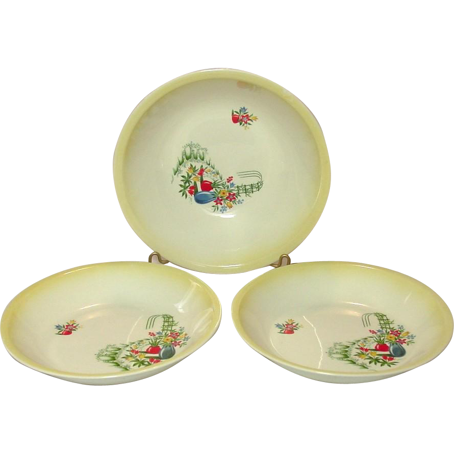 """Paden City Pottery ~ Three """"Trellis"""" Pattern Serving Bowls ~ 1 - 9"""" by 2 .5"""", 2 - 8"""" by 1.5"""" ~ Mid-Century"""