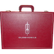 Oldsmobile ~ New Car Training Kit Case ~ 1964