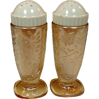 """Jeannette Glass ~ Floragold or """"Louisa"""" pattern ~ Salt and Pepper"""