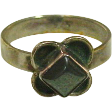 Sterling Silver Ring ~ Hematite Stone ~ Size 5