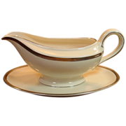 Thomas Rosenthal China, Germany ~ Porcelain Garvy Boat w/ Underplate