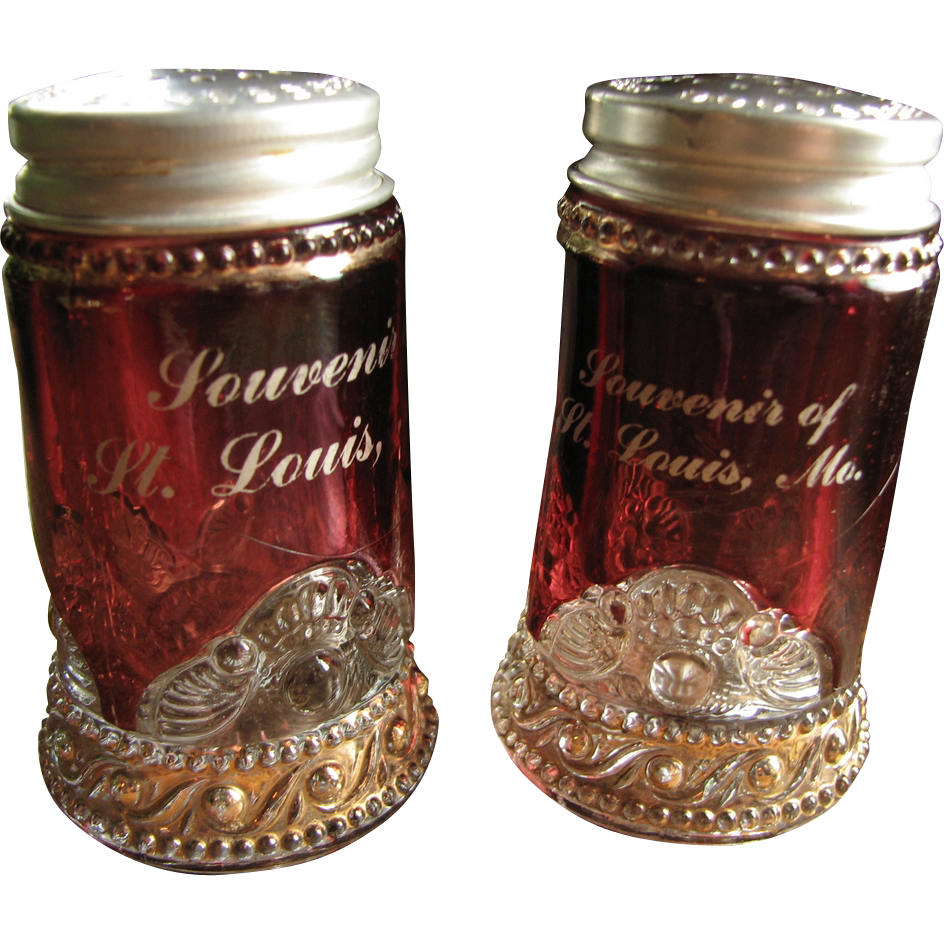 """Lacy Medallion"" ruby-stained shaker set, ""Colorado"", ""Jewel"""