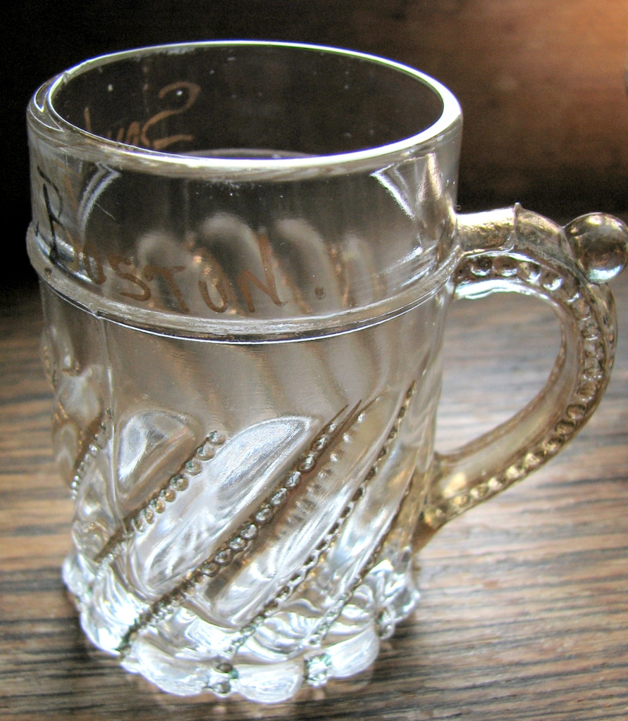 "Eapg Westmoreland Glass, Child's Souvenir ""Swirl & Ball"" mug"