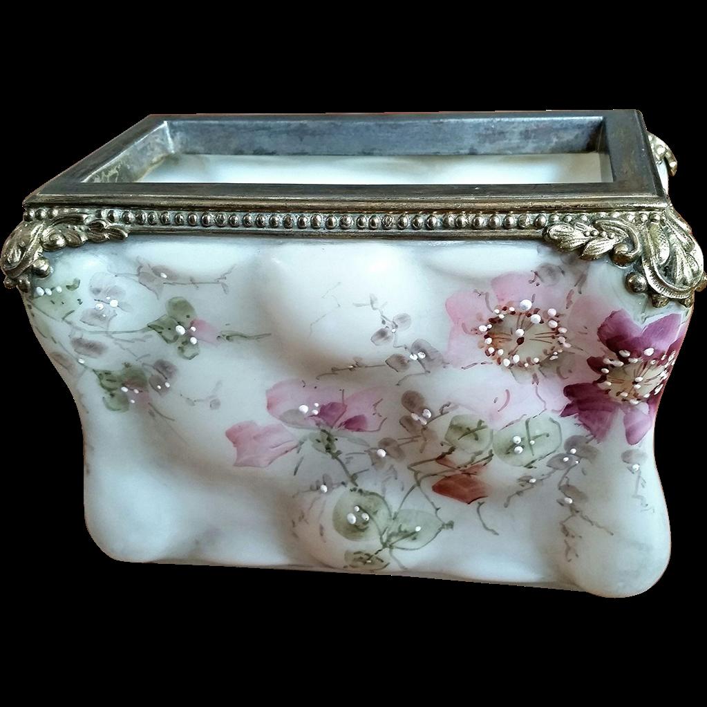 Wave Crest, C.F. Monroe, Mt. Washington glass, 'Egg Crate' Opaline Photo receiver box
