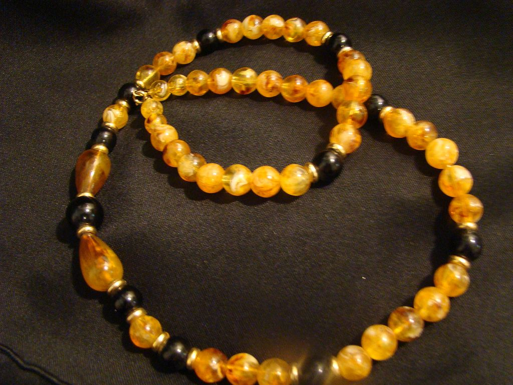Vintage mustard yellow marbling lucite and black beaded for Mustard colored costume jewelry