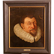 Great 17thC Dutch painting, a portrait of a gentlemen. Oil on oak panel, by well known Dutch Master. Museum quality!