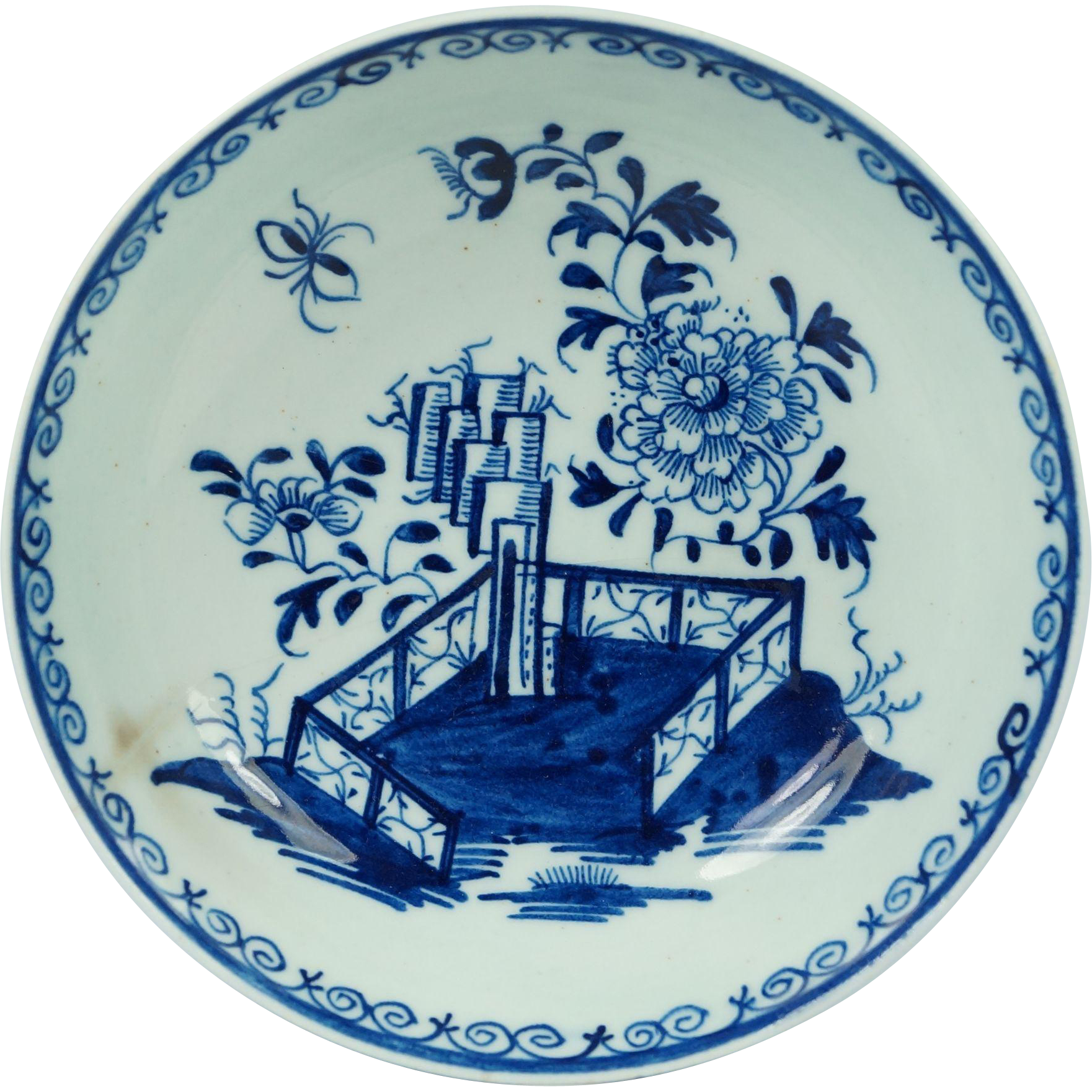 18th Century Lowestoft Porcelain Plate Blue and White Hollow Rock Fence Peony Pattern English Circa 1780