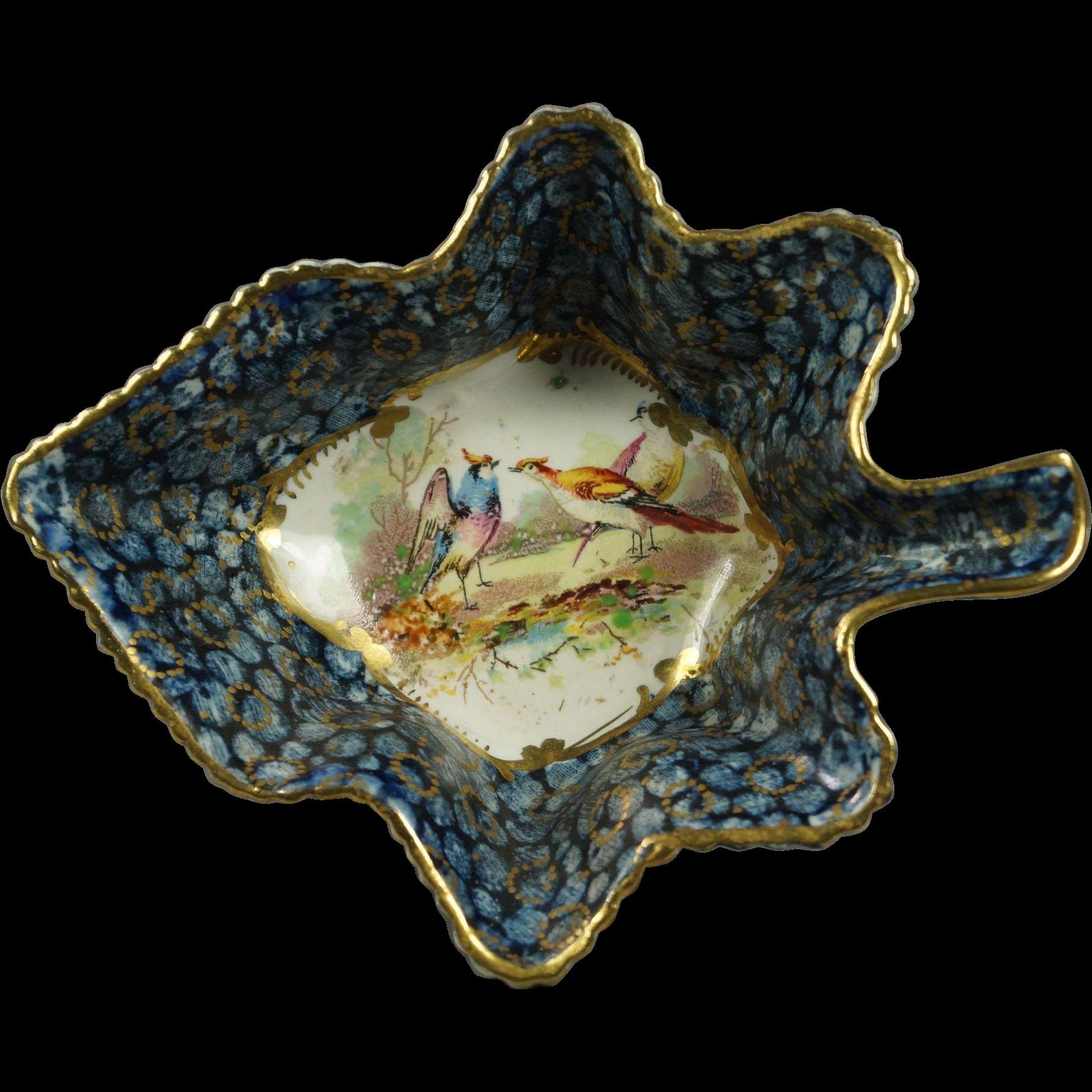 19th Century Leaf Shape Pickle Dish Exotic Birds English