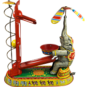 Vintage 1940s German Wind Up Clockwork Tin Toy Elephant Circus Joseph Wagner