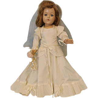 Early 19 inch Effanbee Composition Bride Doll All Original c.1940's Beautiful Gown!