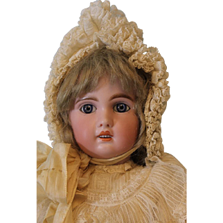 Antique 20 inch French Bisque Jumeau 1907 Tete Jumeau Size 8 Blue Paperweight Eyes