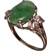 Beautiful Lady's Fashion Ring with Jade and Diamonds circa 1960 to 1970's.