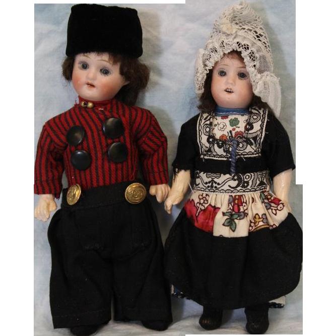 c.1920's 7.5 inch Antique Bisque Dutch Dolls Herm Steiner Original Clothes Germany