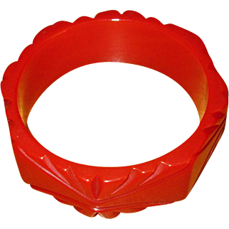 Chunky Vintage Carved Red Bakelite Bangle