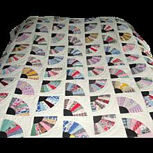 Vintage Fan Patchwork Quilt with Black Accents