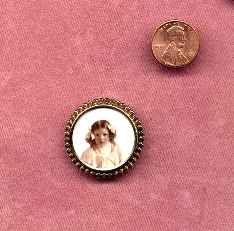 Gold-Filled Victorian Photograph Pin