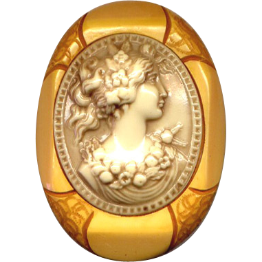 Chunky Caramel Bakelite and Celluloid Cameo Brooch