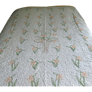 Vintage Embroidered Basket Quilt with Daffodils
