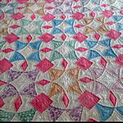 Vintage Depression-Era Patchwork Quilt with Circular Pattern