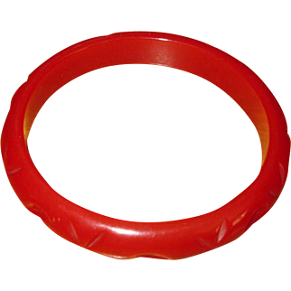 Vintage Carved Red Bakelite Bangle Bracelet