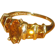 14K Gold Ladies' Ring with Marquis-Cut Citrine