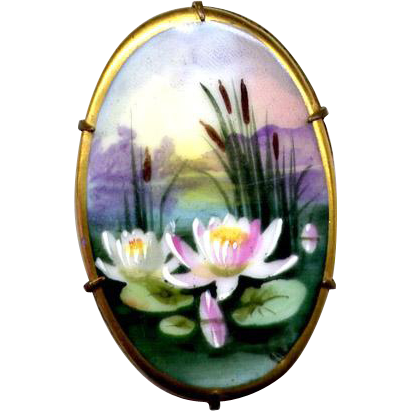 Vintage Hand-Painted Ceramic Water Lily Pin