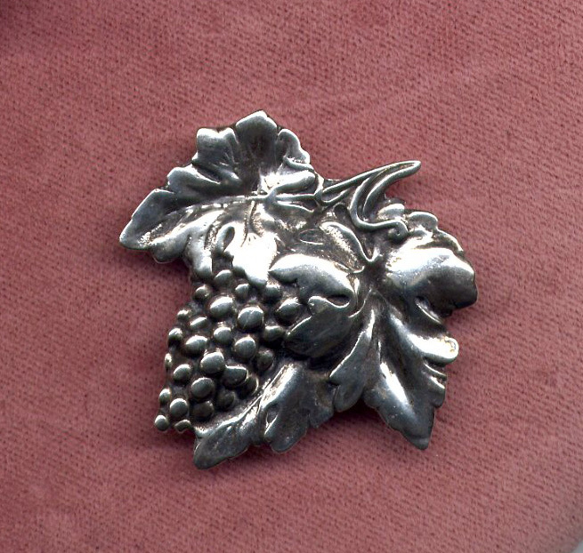 Sterling Silver Grapes Pin