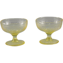 Hazel-Atlas Cloverleaf Sherbet in Yellow, Set of 2