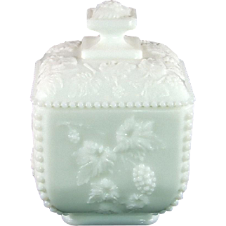 Westmoreland Paneled Grape Beaded Square Puff Box with Lid