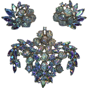 Crown Trifari 1961 Etoile Brooch and Earrings Set