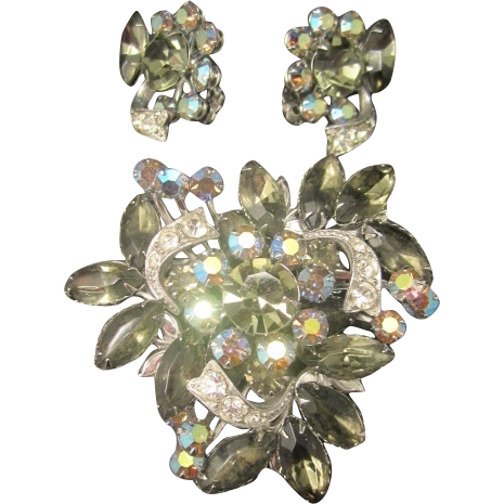 Fashion Home Furniture Garland Tx by 3 D Rhinestone Brooch Pin Earrings  Set From Twosisters75. 17    Fashion Home Furniture Garland Tx     Petite Roll Top Butter