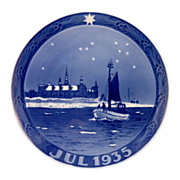 1935 Royal Copenhagen Christmas Plate