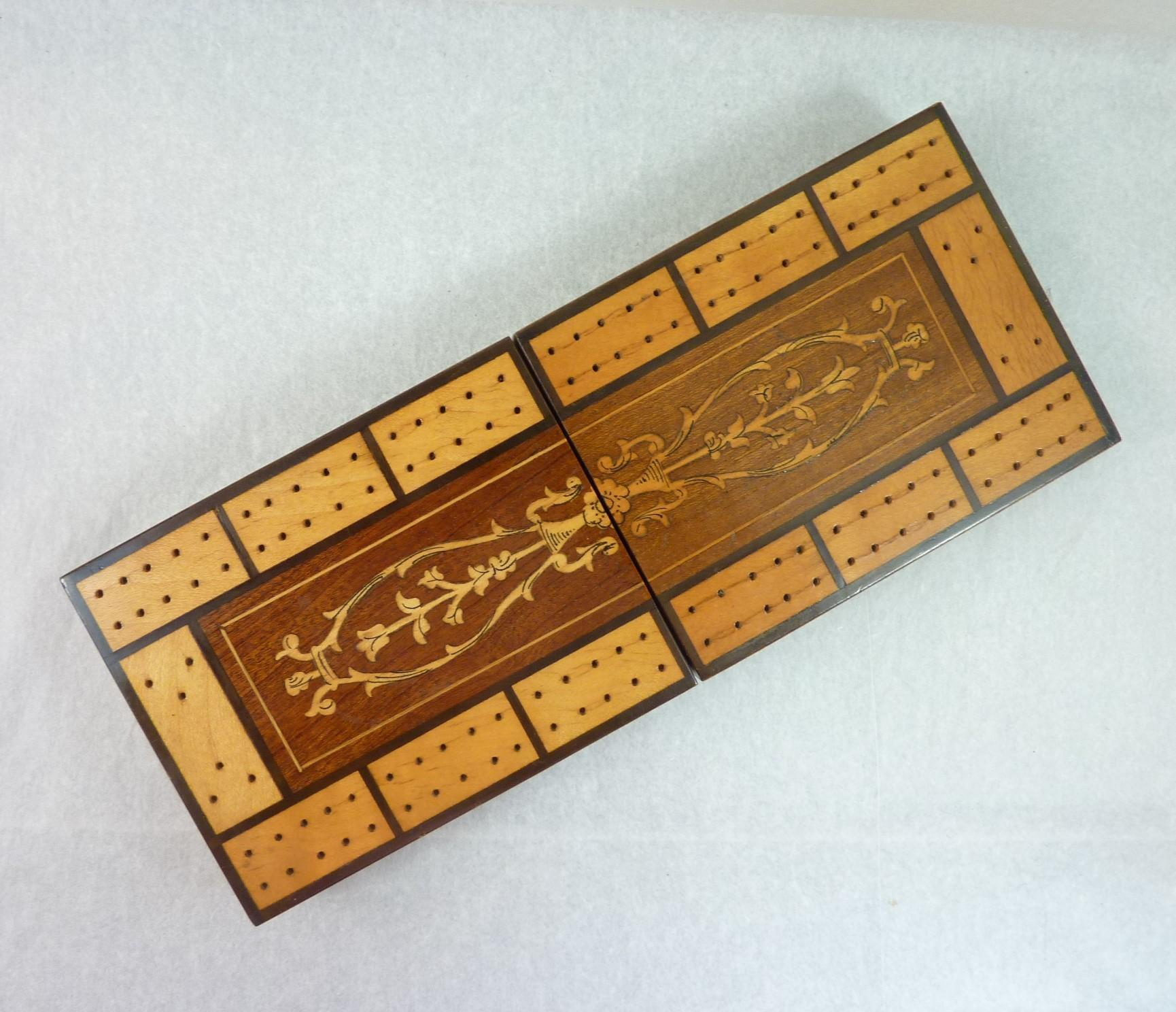Inlaid Folding Cribbage Box