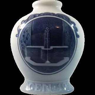 Royal Copenhagen Vase Rundskuedagen 1921