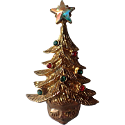 RARE Tancer II Eyelash Santa Face Christmas Tree Hat Pin, Book Piece