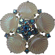 SCARCE Jomaz 1950s Shell Pressed Glass Brooch