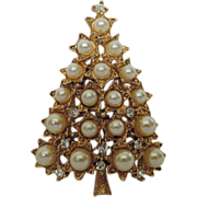 R.J. Graziano Star Faux Pearl Rhinestone Christmas Tree Pin ~ Book Piece
