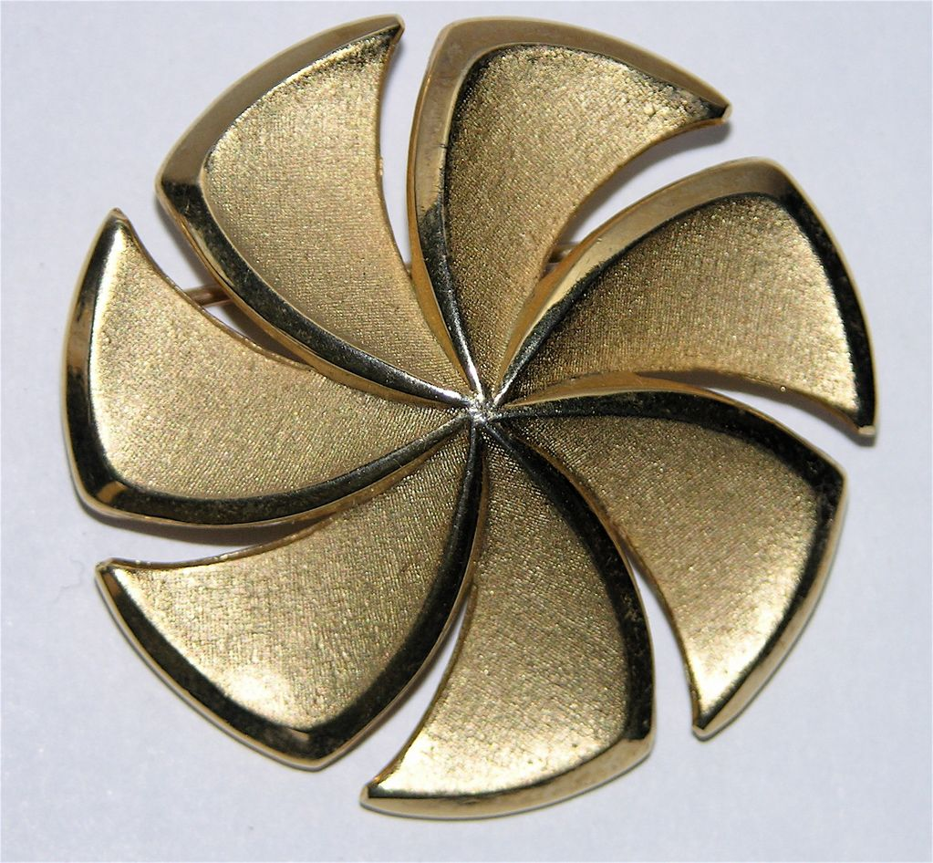 Trifari 1960's Golden Pinwheel Brooch