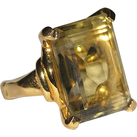 Vendome 1969 Pale Jonquil Yellow Glass Cocktail Ring ~ Magazine Ad Piece