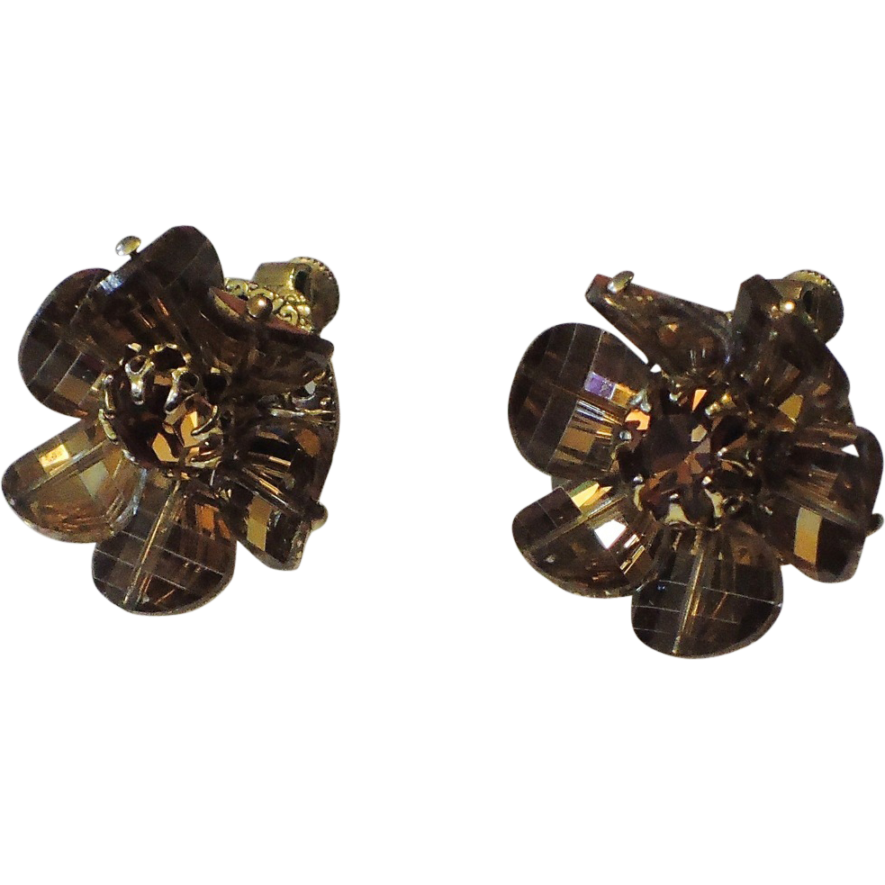 Vendome Mink Pagoda Crystal Earrings ~ Vintage 1970's