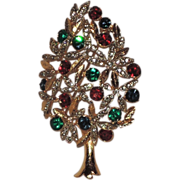 Sphinx of England Topiary Christmas Tree Pin ~ Book Piece