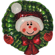 Danecraft Christmas Kid with Mittens in Wreath 3D Pin ~ RARE