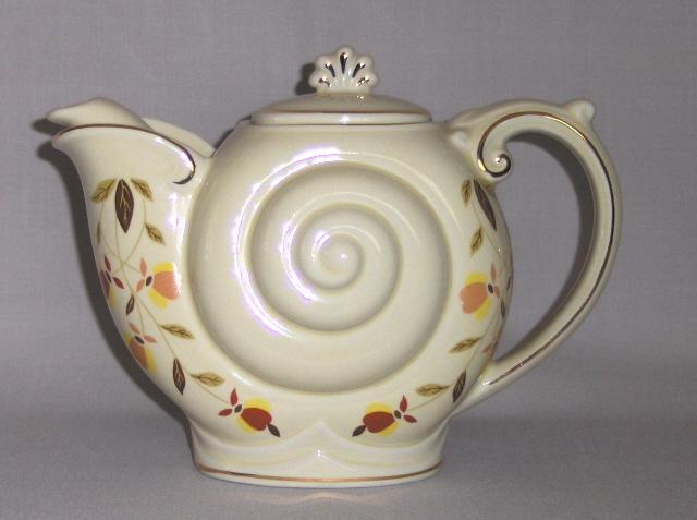 "Hall ""Autumn Leaf""  Nautilus Teapot"