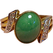 Vintage Apple Green Jade Diamond 14K Ring